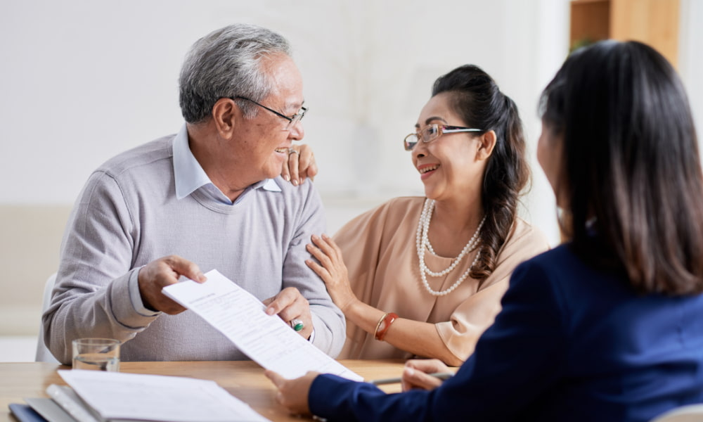 older couple asking estate planning questions