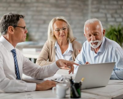 Retirement advisor helping clients